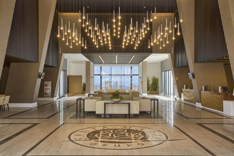 Gran Luxor Hotel 02